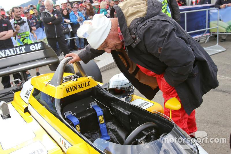 Niki Lauda, Aufsichtsratsvorsitzender Mercedes AMG F1, bei der Legenden-Parade