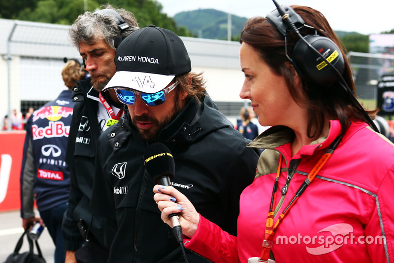 Fernando Alonso, McLaren with Lee McKenzie, BBC Television Reporter on the grid