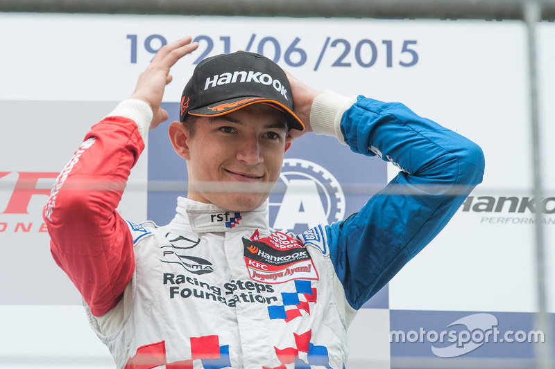 1. Jake Dennis, Prema Powerteam, Dallara F312 - Mercedes-Benz