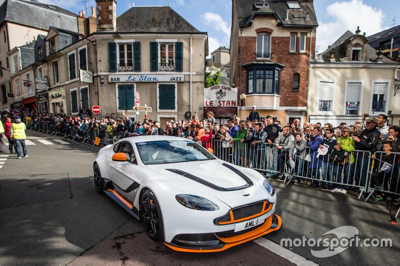 Aston Martin, Parade