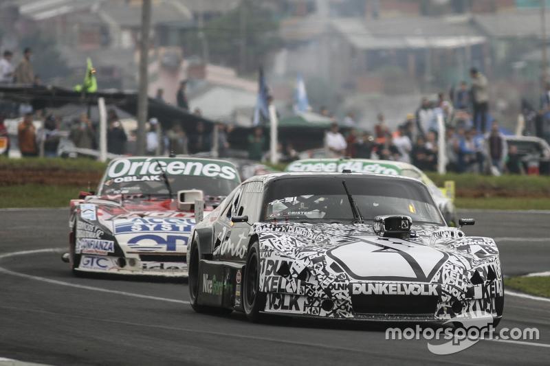 Laureano Campanera, Donto Racing Chevrolet and Camilo Echevarria, Coiro Dole Racing Torino