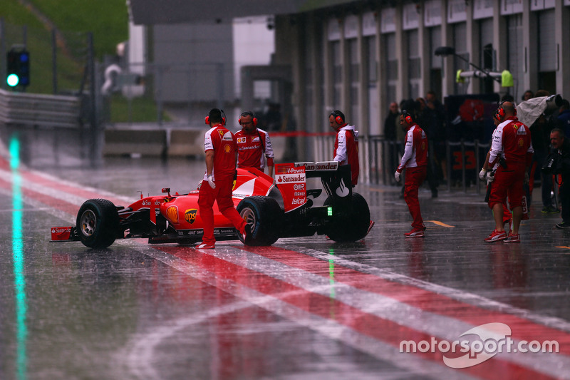 Antonio Fuoco, Ferrari SF15-T in the heavy rain