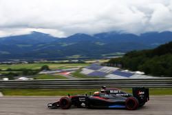 Stoffel Vandoorne, McLaren MP4-30 Tester e terzo pilota