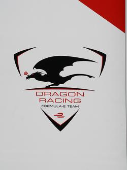El logotipo de Dragon Racing