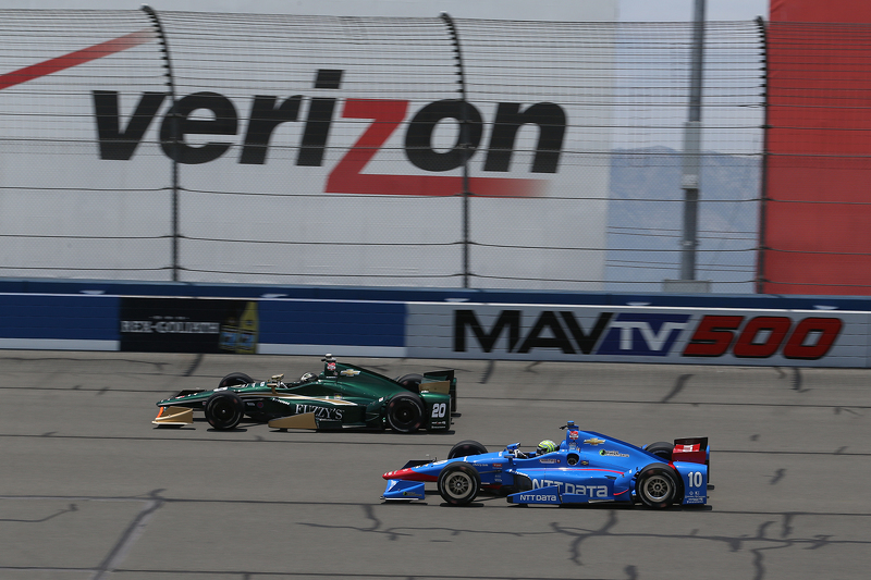 Ed Carpenter, CFH Racing, Chevrolet, und Tony Kanaan, Chip Ganassi Racing, Chevrolet