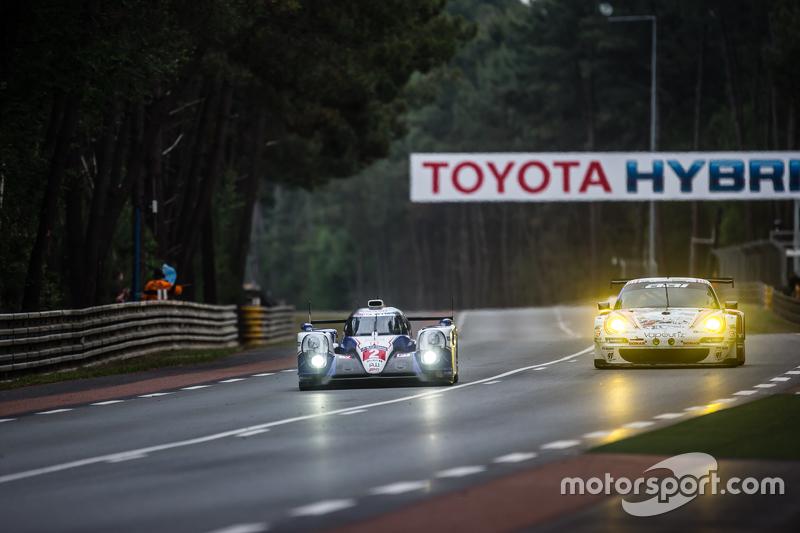 #2 Toyota Racing Toyota TS040 Hybrid: Alexander Wurz, Stéphane Sarrazin, Mike Conway, #67 Team AAI Porsche 911 GT3-RSR: Alex Kapadia, Xavier Maassen, Jun-San Chen