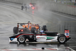 19 Мэтт Соломон, Double R Racing Dallara Mercedes-Benz