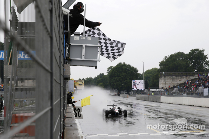 Race 1 Winner Charles Leclerc, Van Amersfoort Racing Dallara Volkswagen