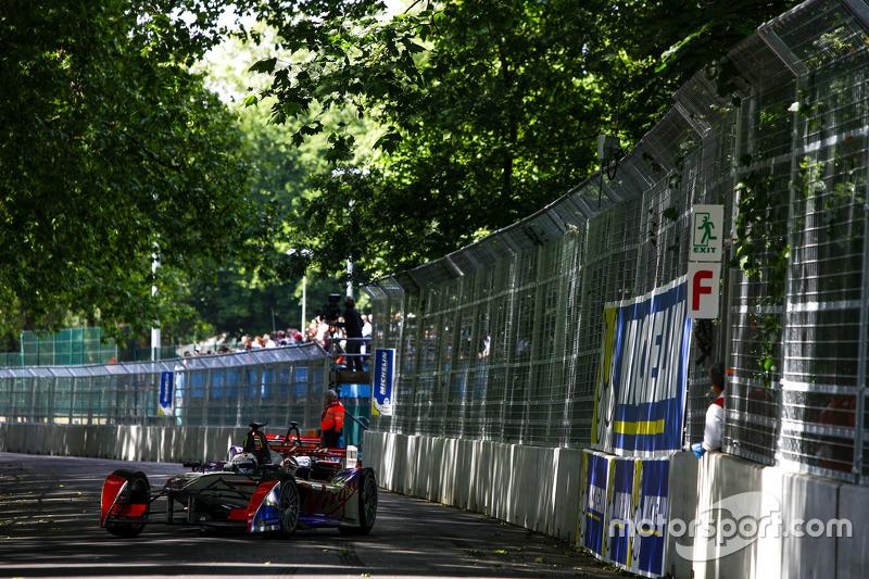 Sam Bird, dan Fabio Leimer, Virgin Racing