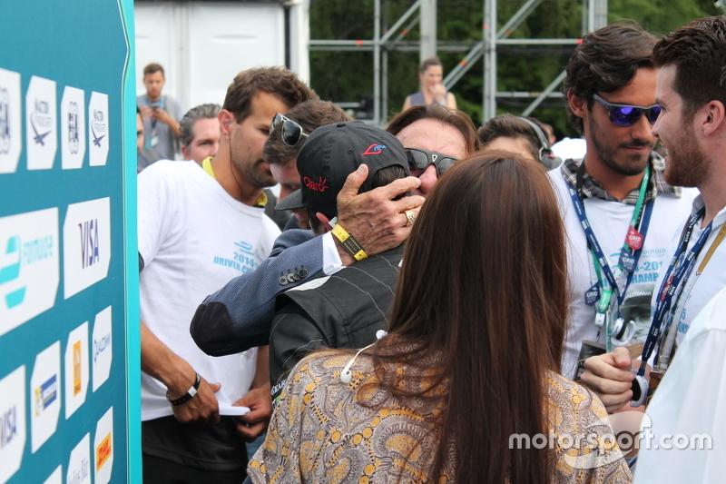 Nelson Piquet Jr., China Racing, dan Emerson Fittipaldi