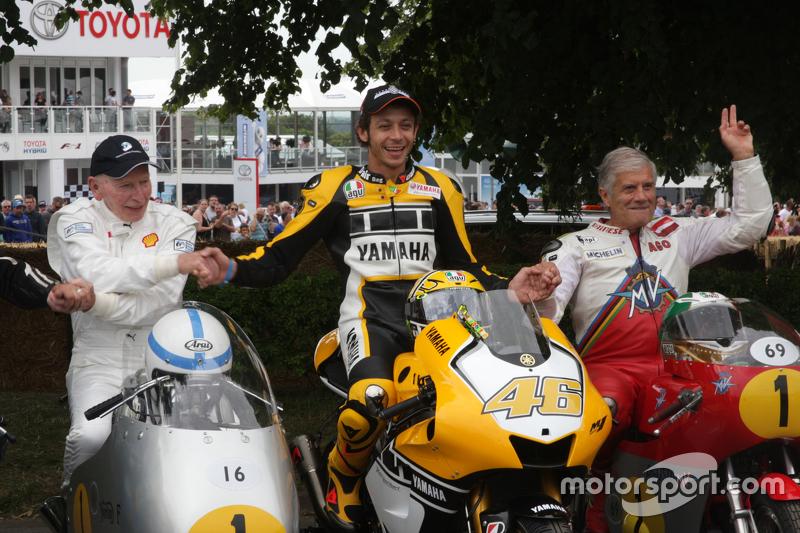 John Surtees, Valentino Rossi ve Giacomo Agostini