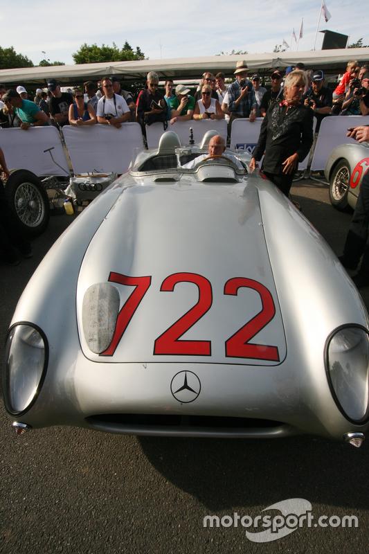 Sir Stirling Moss,  Mercedes-Benz 300 SLR 722
