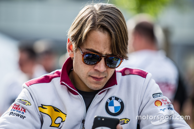 #26 Marc VDS Racing, BMW Z4 GT3: Augusto Farfus