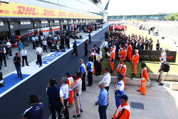 The circuit observes a minute's silence in memory of the 38 victims of the Tunisia attack