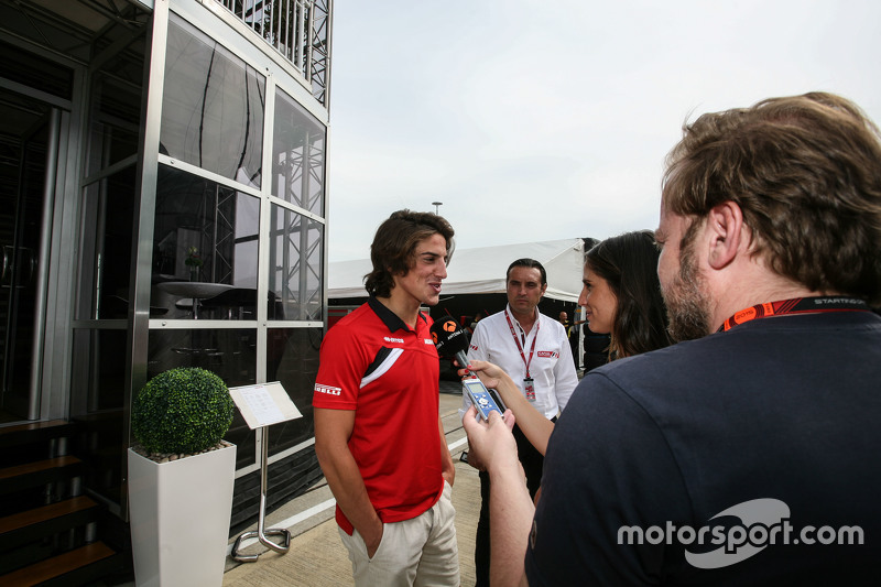 Roberto Merhi, Manor F1 Team with the media