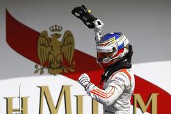 Победитель гонки - Сергей Сироткин, Rapax