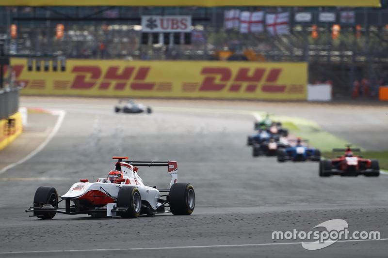 GP3 2015 – Сильверстоун, первая гонка