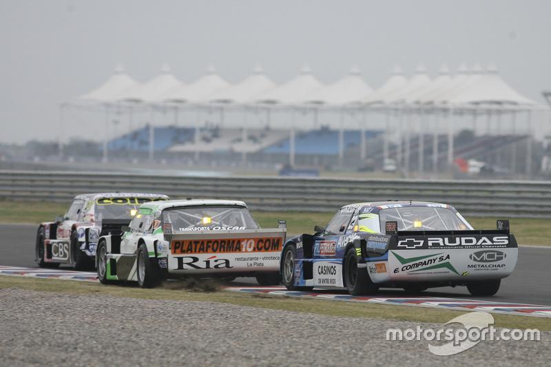 Каміло Ечеваррія, Coiro Dole Racing Torino та Сантьяго Мангоні, Laboritto Jrs Torino та Мартін Понте, RUS Nero53 Racing Dodge (front to back)
