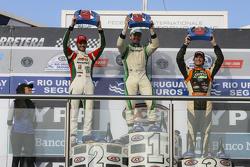 Podio: Agustín Canapino, Jet Racing Chevrolet y Facundo Ardusso, Trotta Competicion Dodge y Juan Marcos Angelini, UR Racing Dodge