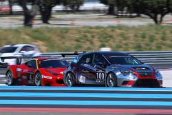 #100 Seat Leon Cup Racer: Sébastien Dussolliet, Gérard Bonjean, Gilles Courtois, Patrick Brochier