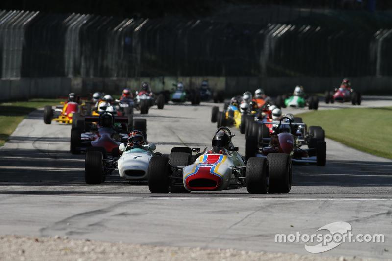 Classic Monoposto group race start