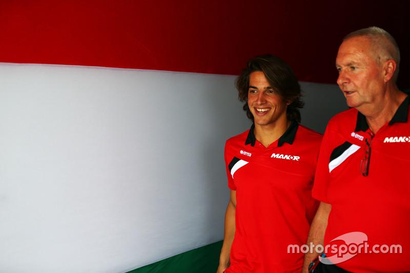 Roberto Merhi, Manor F1 Team with John Booth, Manor F1 Team Team Principal