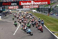 Start: #17 Suzuki: Yukio Kagayama, Noriyuki Haga, Ryuichi Kiyonari leads