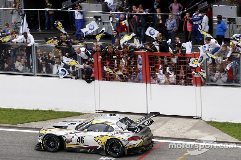 #46 Marc VDS Racing Team BMW Z4: Маркус Палттала, Нікі Катсбург, Лукас Лур перемагає