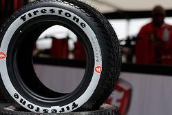 Nuevo Firestone gris neumático de lluvia