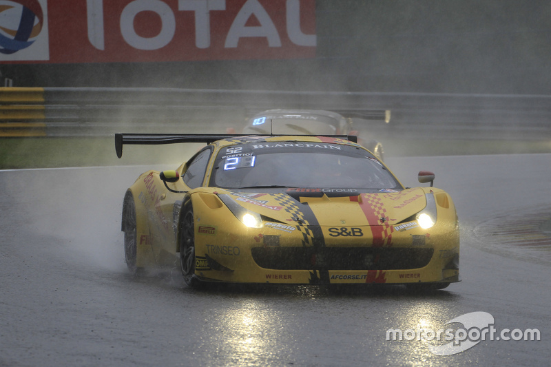 #52 AF Corse Ferrari 458 Italia: Adrien de Leener, Cedric Sbirrazzuoli, Raffaelle Gianmaria, Toni Vilander