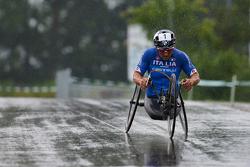 Алекс Дзанарди на чемпионате мира по велогонкам с ручным управлением