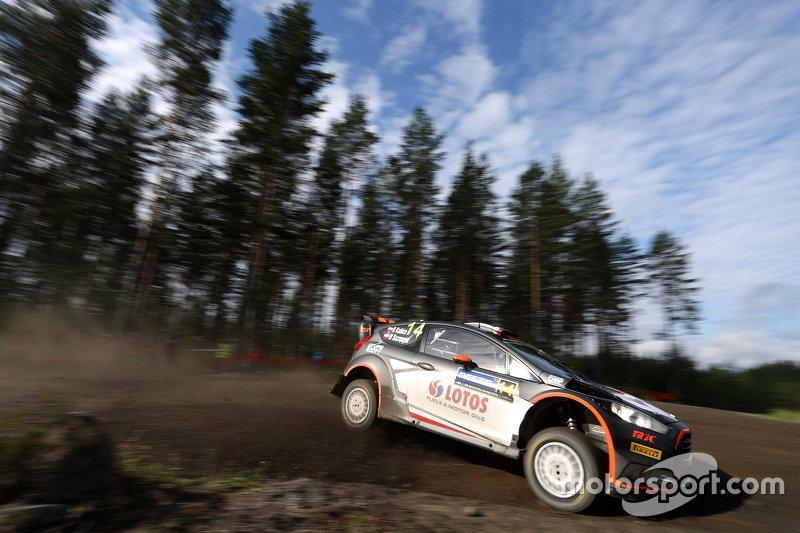 Robert Kubica dan Maciek Szczepaniak, Ford Fiesta WRC