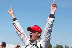 Победитель гонки - Грэм Рейхол, Rahal Letterman Lanigan Racing Honda празднует