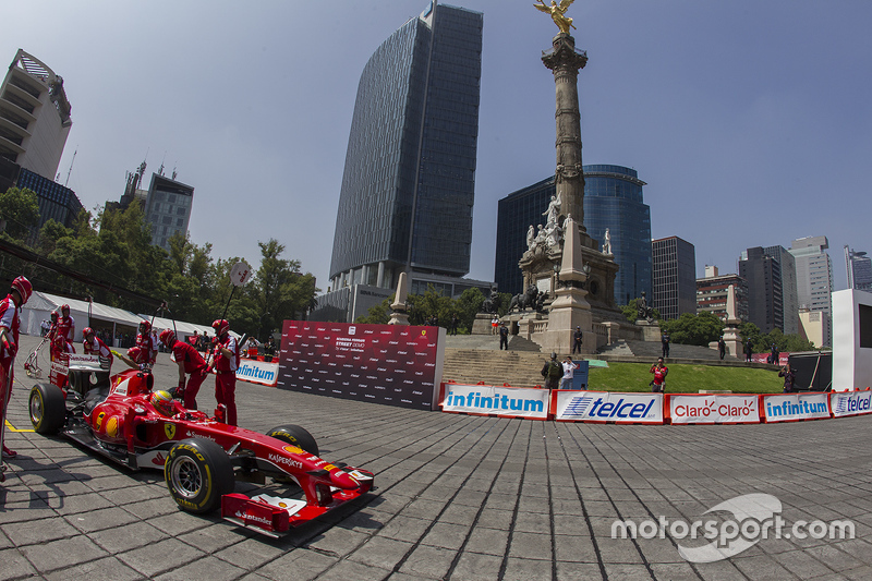 2015 Show Run Ciudad de México Esteban Gutiérrez, Ferrari F60