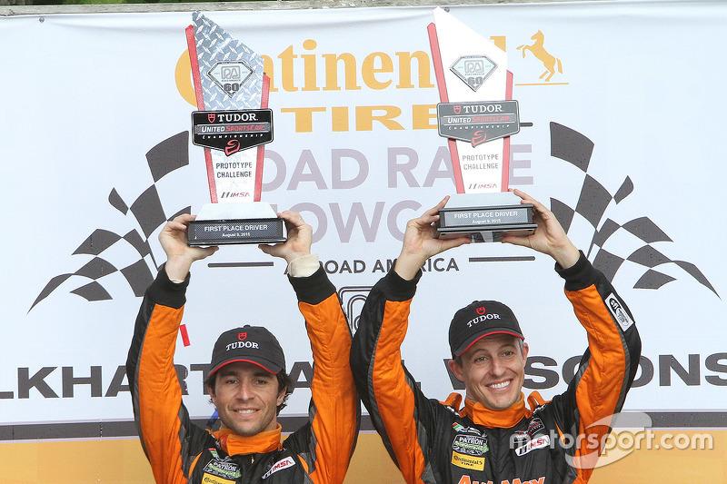 PC подіум: переможці #11 RSR Racing Oreca FLM09 Chevrolet: Кріс Каммінг, Бруно Джанкейра