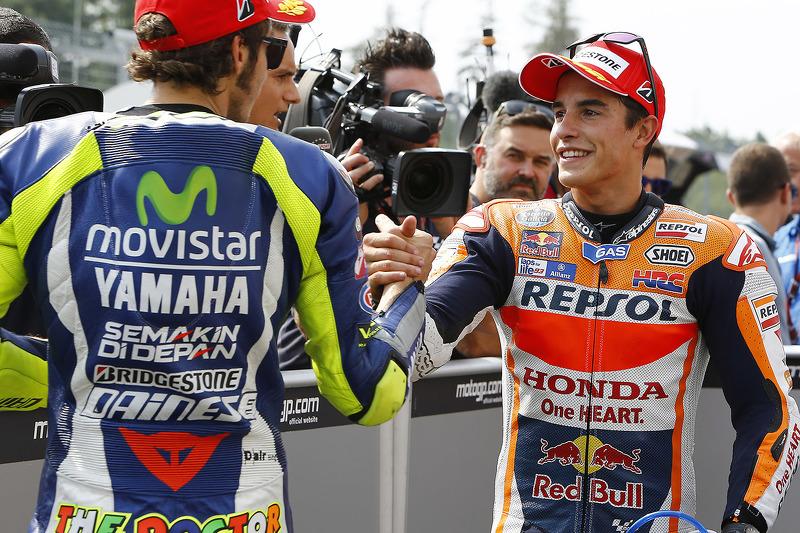 Peringkat kedua sesi kualifikasi for Marc Marquez, Repsol Honda Team, dan peringkat ketiga Valentino Rossi, Yamaha Factory Racing