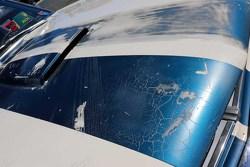 Een beschadigde Ford
