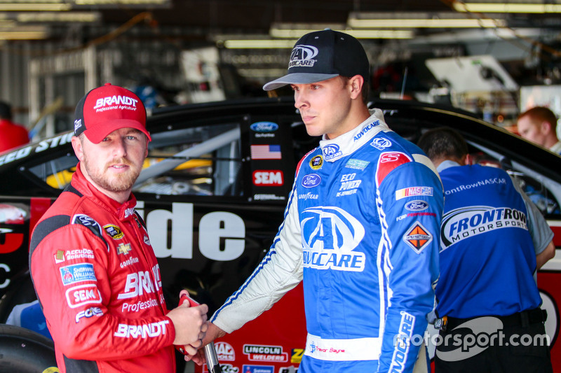 Justin Allgaier, HScott Motorsports Chevrolet and Trevor Bayne, Roush Fenway Racing Ford
