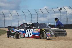 Ben Rhodes, JR Motorsports Chevrolet mengalami masalah