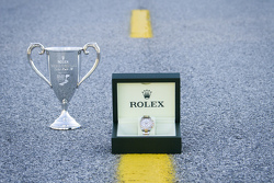 Rolex Timepiece та Trophy awarded to the winner of each class