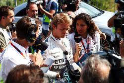 Нико Росберг, Mercedes AMG F1 со СМИ во время второй сессии тестов