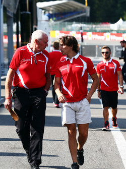 John Booth, Team Principal Manor F1 Team avec Roberto Merhi, Manor F1 Team