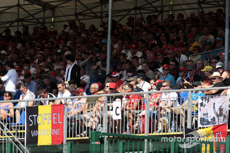 A Belgian flag from fans in the grandstand for Stoffel Vandoorne,.  - www.xpbimages.com, EMail: requests@xpbimages.com - copy of publication required for printed pictures. Every used picture is fee-liable. © Copyright: Photo4 / XPB Images