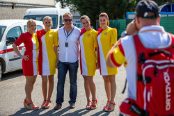 Fans with grid girls
