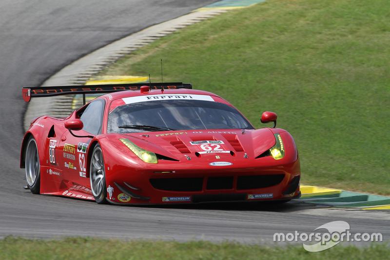 #62 Risi Competizione Ferrari F458: П'єр Каффер, Джанкарло Фізікелла, Олів'є Беретта