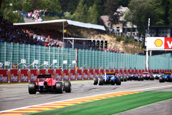 Will Stevens, Manor F1 Team heads to the grid