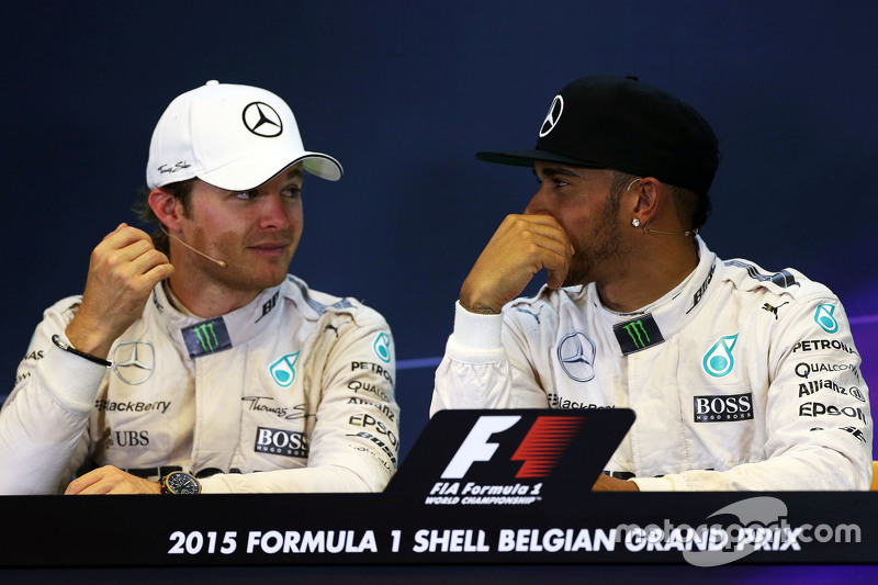 FIA Press Conference,: Nico Rosberg, Mercedes AMG F1 bersama team mate Lewis Hamilton, Mercedes AMG