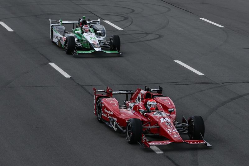 Graham Rahal, Rahal Letterman Lanigan Racing and Carlos Munoz, Andretti Autosport Honda