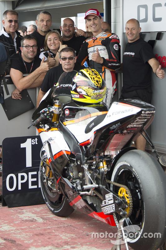 Open Class fastest qualifier Loris Baz, Forward Racing Yamaha