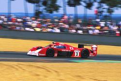 #3 Toyota Motorsport Toyota GT-One: Ukyo Katayama, Keiichi Tsuchiya, Toshio Suzuki